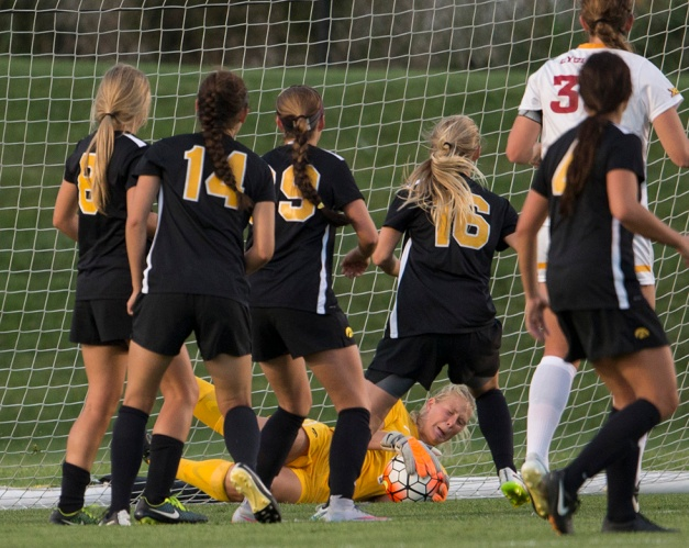 Iowa Hawkeyes Hannah Clark (1) makes a save during their game against the Iowa State Cyclones in the Iowa Corn Cy-Hawk Series Friday, Sept. 11, 2015 at the Iowa Soccer Complex. (Brian Ray/hawkeyesports.com)